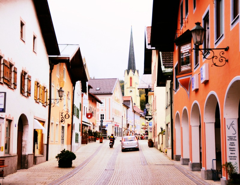 How Do People Drive On These German Streets A Picture A Day